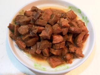 换个姿势吃牛排  咖喱土豆烧牛排,把牛排盛出来