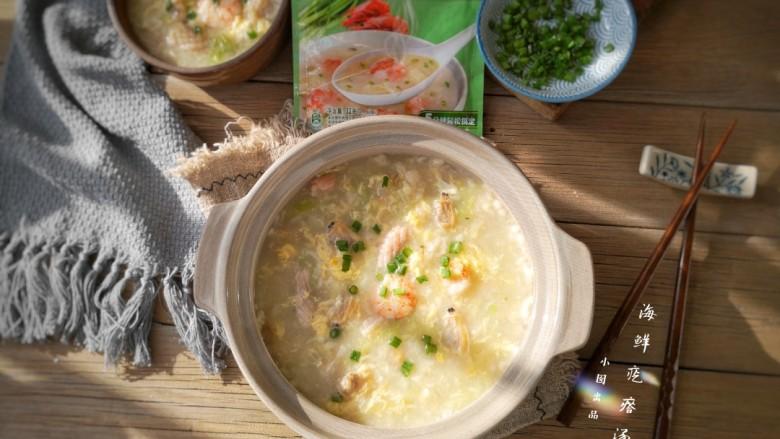 海鲜疙瘩汤,上桌。