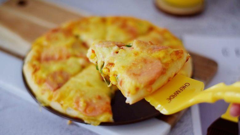 杂蔬火腿肠披萨