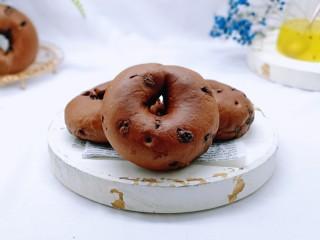 懶人必做~巧克力貝果,貝果表皮有韌性,特別嚼勁。