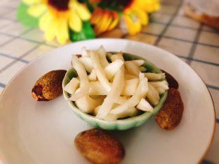 醋腌嫩生姜-可做早餐稀饭配菜,成品图。