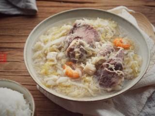 承味东北酸菜排骨汤,成品图