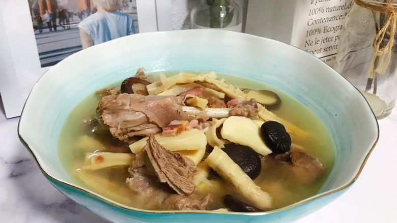 笋干老鸭煲(高压锅版)