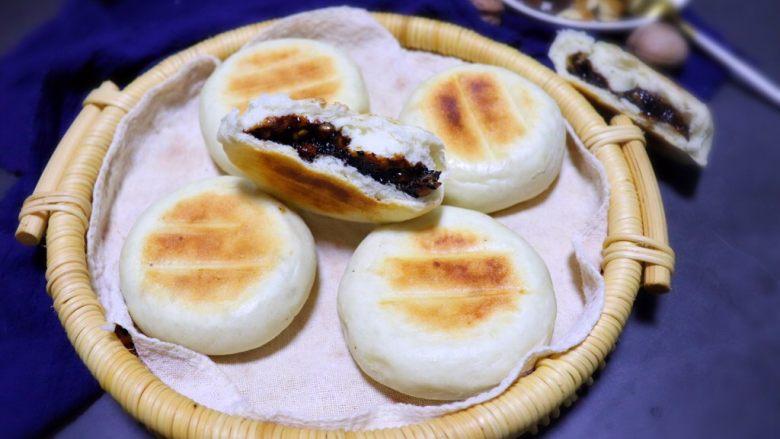 黑芝麻核桃红糖饼