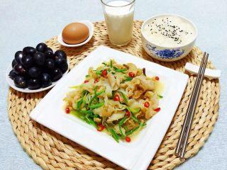香葱爆海螺片,超级美味的一餐让人好开心