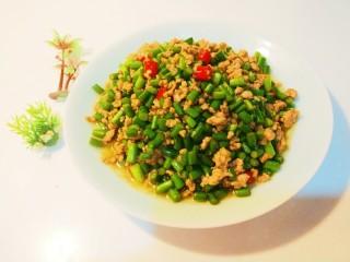 新文美食  肉末炒蒜苔,成品图