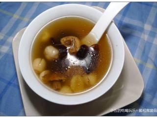 姬松茸菌菇汤
