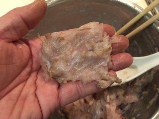 日式炸鱼饼,将鱼肉糜整形!圆片!条状!随你!