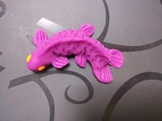 新文美食  二鱼溪水,如图所示一条小鱼就做好了。