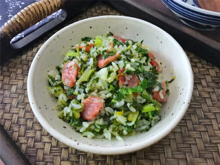 腊肠绣花锦菜饭,鲜美软糯,简单易做的腊肠菜饭。