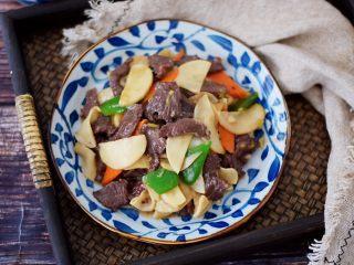 牛肉炒杏鲍菇,成品图