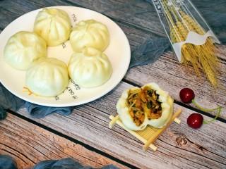 美味素包子——豆腐粉条黑木耳香菇馅,皮薄馅多,美味无比!