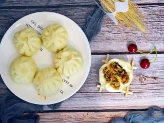 美味素包子——豆腐粉条黑木耳香菇馅,开吃喽!