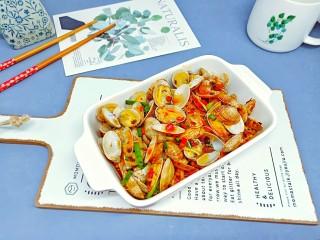 烤箱版【金针菇蒜香烤花蛤】,来来来一起喝一杯。