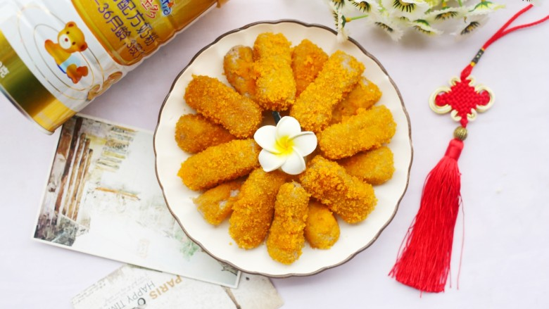 喜庆又好吃的黄金芋头酥,金黄的芋头酥就做好啦。