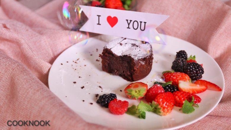 浓醇黑巧克力流心蛋糕