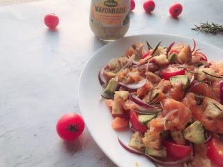 #年年有鱼#家宴:三文鱼沙拉,成品1