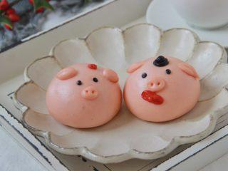 猪猪馒头,将小猪馒头发酵至1.5倍大小