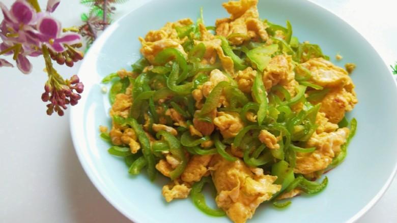 尖椒丝炒鸡蛋,成品图