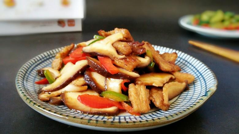 #猪年#五花肉炒香菇,敏茹意作~香菇炒五花肉~成品图