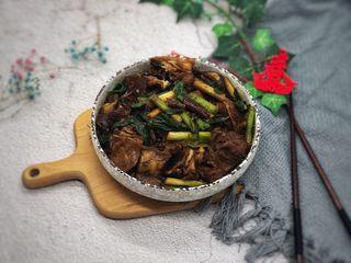 大蒜炒羊肉,成品图。