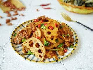 #猪年#莲藕炒肉,装盘成品~敏茹意作~莲藕炒肉