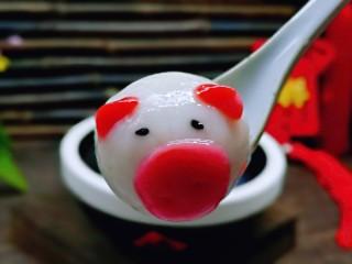 预热元宵节~猪圆玉润芝麻汤圆,好吃又好看,我要开动喽~