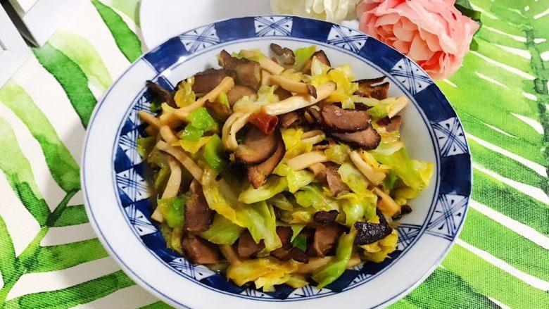 杏鲍菇包菜炒酱油肉