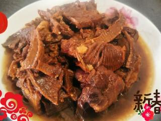 #猪年#笋烧红烧肉,盛一碗出来,津津有味。年味满满(๑•̀ㅂ•́)و✧