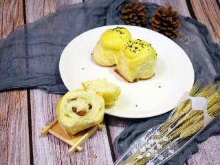 奶香葡萄干小面包(电饭锅版),开吃喽~~