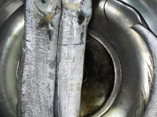 #年年有鱼#茄汁带鱼,带鱼泡水解冻