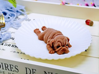 高颜值沙皮狗冰激凌,完美脱模了呦~好可爱。