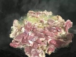 手抓羊肉饭,炒羊肉