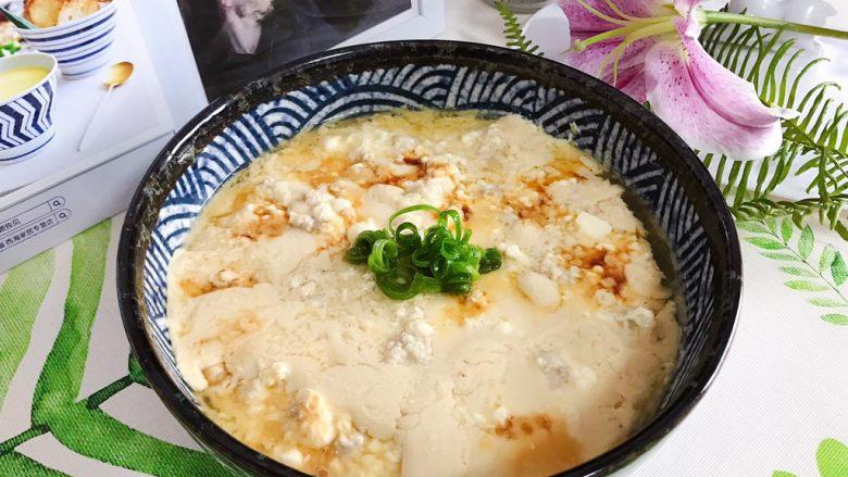 肉糜豆腐炖鸡蛋
