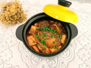 砂锅鱼头豆腐煲