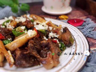#猪年#回锅猪头肉,装盘食用