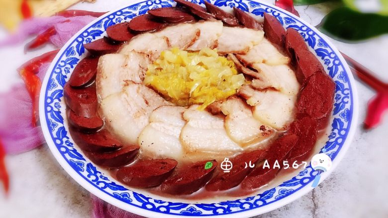 #猪年#五花肉血肠烩酸菜