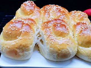 松软老式小面包,松软又拉丝。