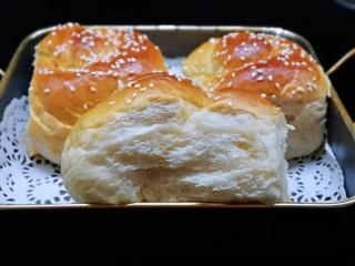松软老式小面包,看组织很好呀!特别松软。
