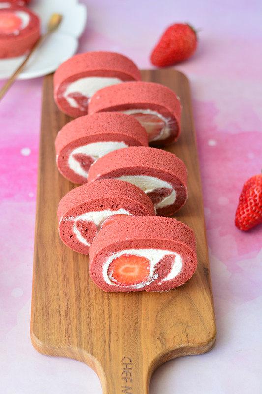 红丝绒蛋糕卷,红丝绒蛋糕卷