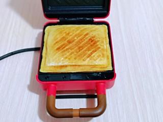 快手早餐~香蕉酸奶三明治,铛铛铛~快手三明治登场~