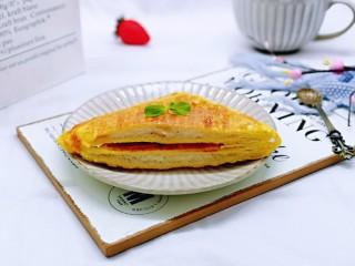 快手早餐~香蕉酸奶三明治,切开了呦~搭配一杯咖啡,做下午茶也极好哒!