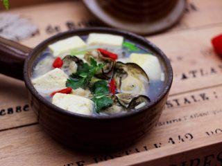 海蛎子豆腐汤,鲜掉眉毛又强肝解毒的海蛎子豆腐汤。