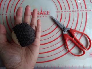可爱刺猬包,用剪刀剪出刺