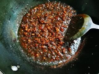 #猪五花肉#美味炸酱,烧至汤汁浓稠