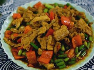 农家小炒肉江西做法,简单干脆,吃起来又辣又爽
