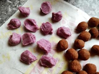 红豆沙汤圆,紫薯糯米团分成面挤子