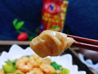 好吃到舔盘子的~金牌虾仁炒面筋,再吃一个油面筋,幸福感爆棚~