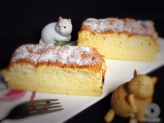 魔法蛋糕,三种口味的蛋糕就这样完成了。