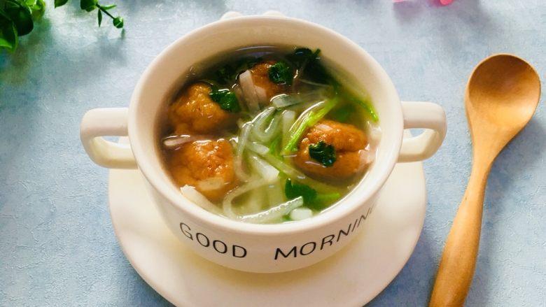 萝卜丝鱼丸汤